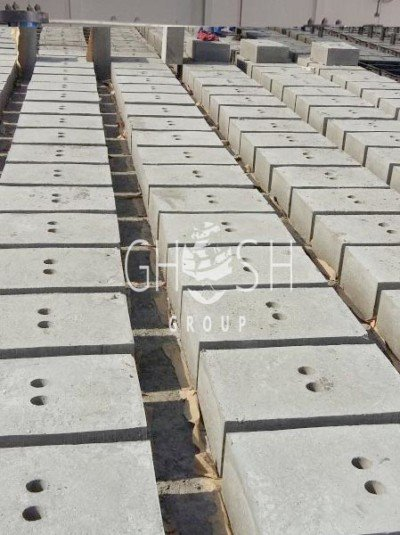 Concrete holes blocks - 600 x 400 x 200